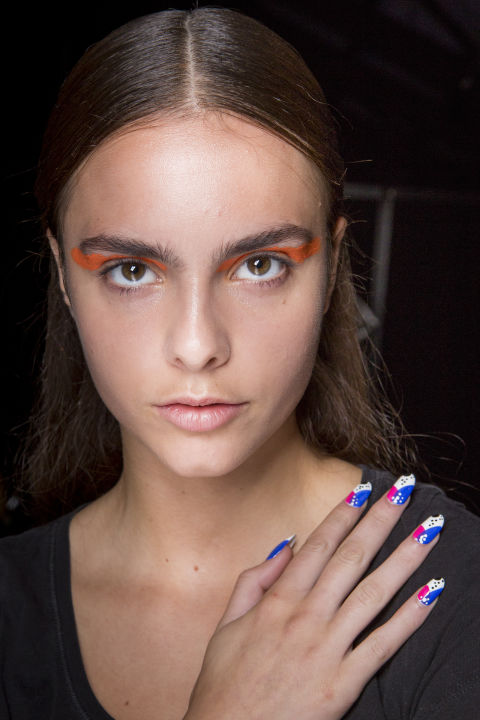 best-nail-looks-from-fashion-week-ss18-phuket-3