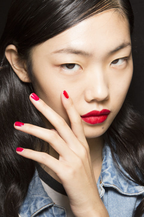 Best Nail Looks From Fashion Week SS18 - Phuket
